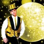Costume et déguisement de disco paillette années 80 années 70 années 60 strass brillant brille brillante paillette or jaune