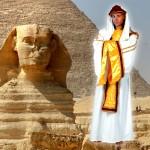 costume et déguisement de Pharaon égypte pyramide toutankamon blanc et jaune