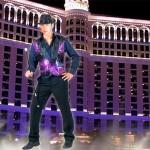 Costume et déguisement de disco paillette années 80 années 70 années 60 strass brillant brille brillante paillette noir et violet