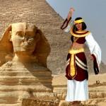 Costume et déguisement de pharaon nefertiti cleopatre reine d'égypte pyramide nil sphynx noir rouge or