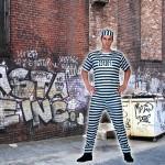 costume et deguisement de prisonnier mechant